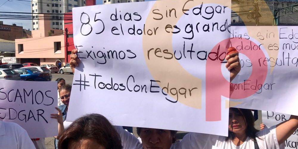 A 85 DÍAS DE SU DESAPARICIÓN, FAMILIARES PIDEN JUSTICIA AFUERA DE LA FGJEM