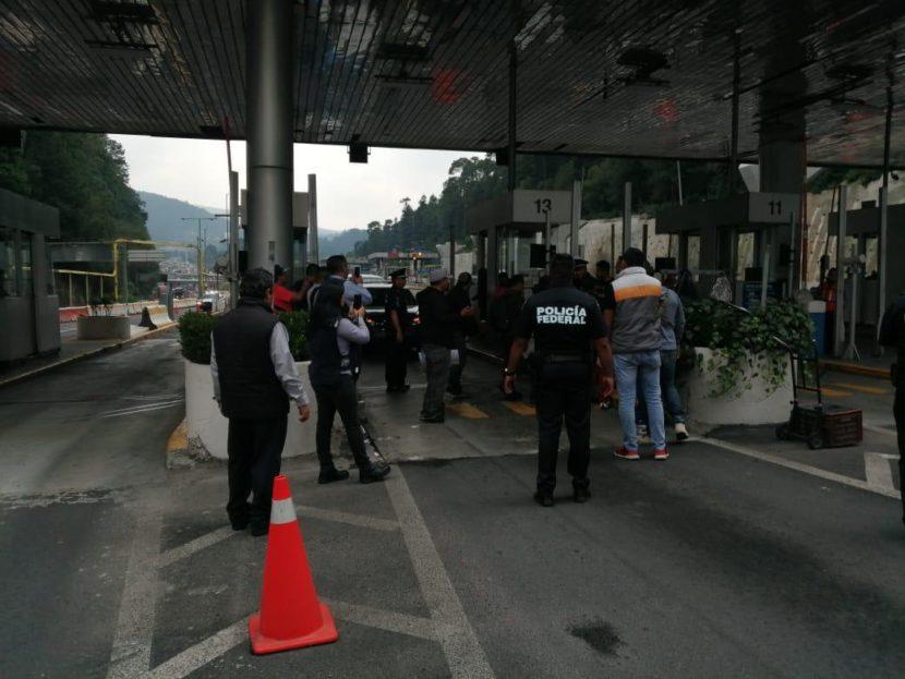 POLICÍAS FEDERALES DIERON LIBRE PASO EN CASETAS DE LA MÉXICO-TOLUCA