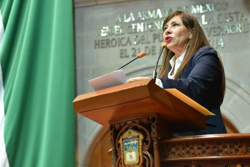 CERTIFICAR A SERVIDORES DE LA FISCALÍA DE JUSTICIA PARA ADOLESCENTES