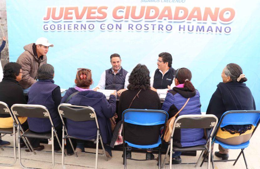 VECINOS DE HUIXQUILUCAN RECONOCEN ACERCAMIENTO PERMANENTE DEL ALCALDE ENRIQUE VARGAS