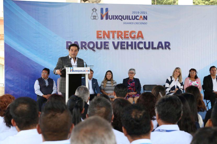 ENTREGA GOBIERNO DE HUIXQUILUCAN AUTOS PARA TRABAJO OPERATIVO