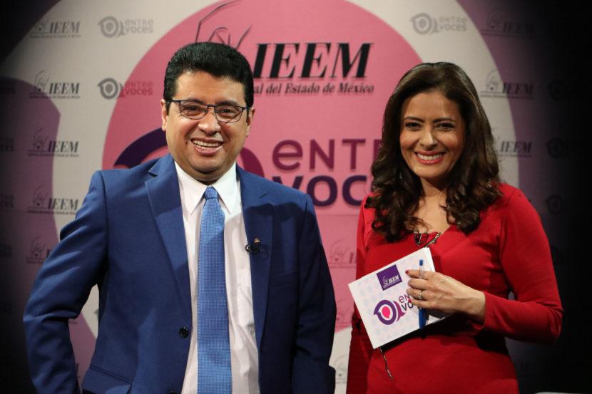 ANALIZAN EN IEEM RETROCESOS Y AVANCES DE LA DEMOCRACIA EN AMÉRICA LATINA