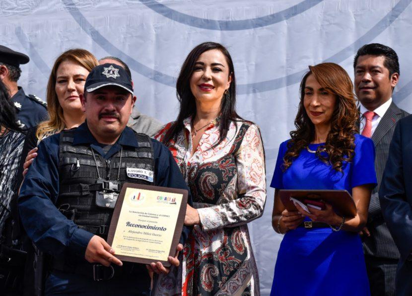 REFUERZA NAUCALPAN COMUNICACIÓN DE POLICÍAS