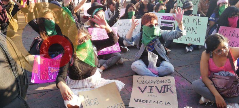 TOLUQUEÑAS SE SUMAN A MOVIMIENTO EN CONTRA DE LA VIOLENCIA HACIA LAS MUJERES
