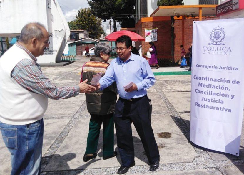 PROPORCIONAN AUTORIDADES DE TOLUCA ASESORÍA GRATUITA EN MATERIA JURÍDICA