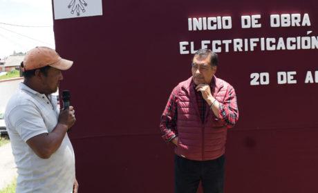ARRANCA LA AMPLIACIÓN DE ELECTRIFICACIÓN EN ALMOLOYA DE JUÁREZ
