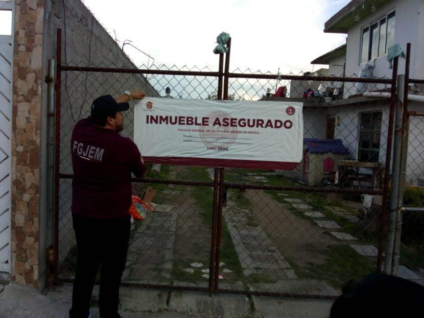 ASEGURAN INMUEBLE EN TECÁMAC, RECUPERANDO SIETE VEHÍCULOS ROBADOS