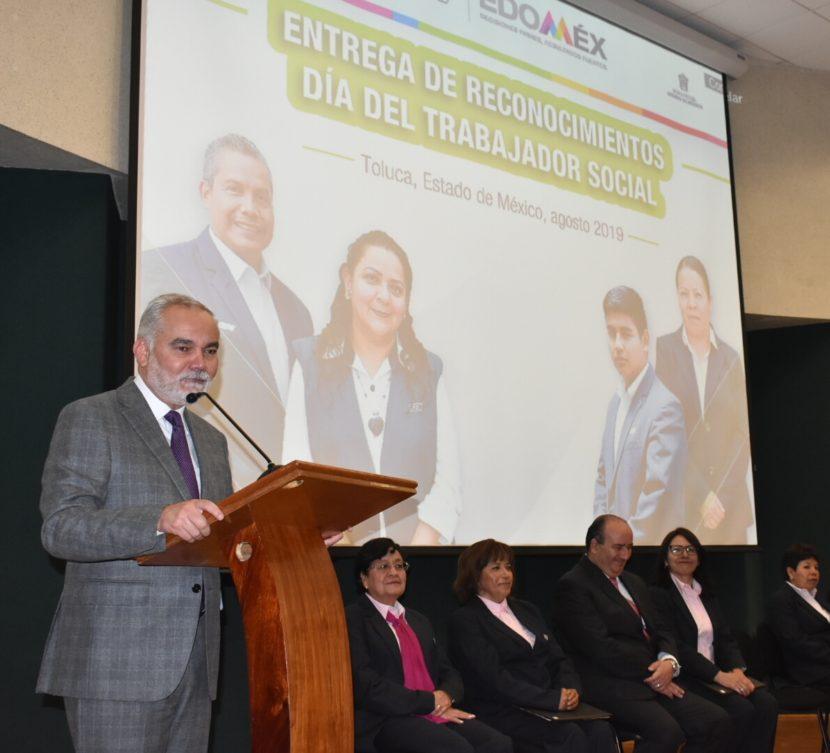 DESTACA GEM LABOR DE TRABAJADORES SOCIALES COMO PILAR DE LOS SERVICIOS DE SALUD EN LA ENTIDAD