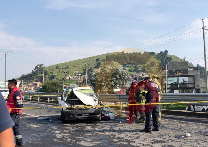 APARATOSO CHOQUE DE TAXI DEJA 4 HERIDOS EN LA TOLUCA-PAMILLAS