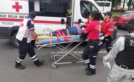 MOTOCICLISTA SUFRE ACCIDENTE EN PASEO TOLLOCAN