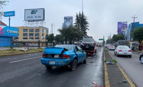 PATRULLA DE TOLUCA ES CHOCADA EN PASEO TOLLOCAN