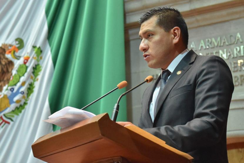 PRESENTA JULIO ALFONSO HERNÁNDEZ INFORME DE LA DIPUTACIÓN PERMANENTE