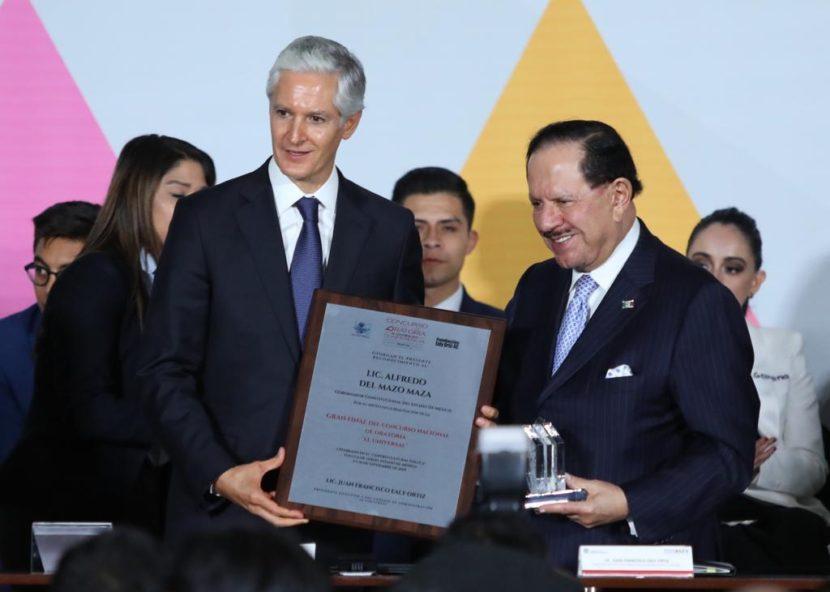 ASISTE DEL MAZO A CLAUSURA DE CONCURSO DE ORATORIA DE «EL UNIVERSAL»
