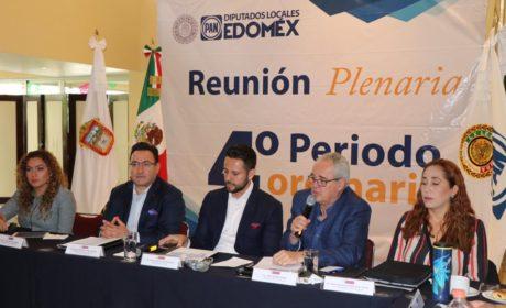 LAS NUEVAS FORMAS DEL GOBIERNO Y LEGISLATIVAS SON DE IMPOSICIÓN, LES FALTA OFICIO: PAN