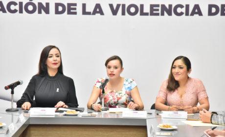 RECIBEN DIPUTADOS INICIATIVA PARA INSTITUCIONALIZAR ESTRATEGIAS  MUNICIPALES CONTRA LA VIOLENCIA DE GÉNERO