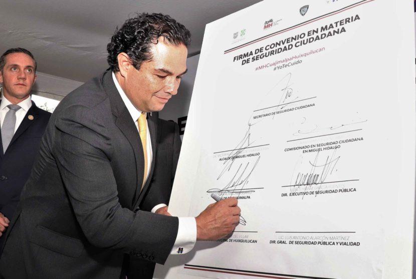 ENRIQUE VARGAS DEL VILLAR FIRMA CONVENIO DE SEGURIDAD CON TITULARES DE LA SSC Y ALCALDES DE MIGUEL HIDALGO Y CUAJIMALPA