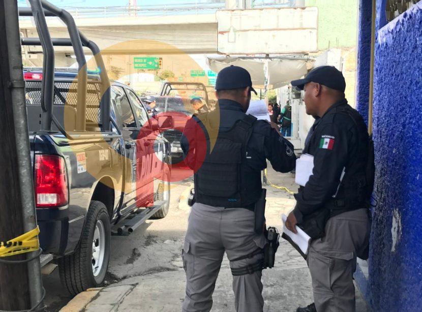 HOMBRE MUERE BALEADO AL INTERIOR DE ESTACIONAMIENTO EN TOLUCA