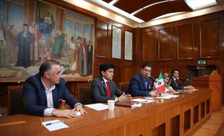 RELACIÓN RESPETUOSA ENTRE LOS PODERES LEGISLATIVO Y EJECUTIVO: ANDRÉS AGUIRRE ROMERO