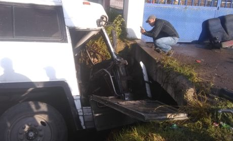 ACCIDENTE DE AUTOBÚS ESCOLAR DEJA 37  HERIDOS EN OTZOLOTEPEC