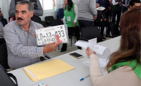 INAUGURA GEM MÓDULO DE ATENCIÓN EXPRÉS PARA ENTREGA DE PLACAS EN TOLUCA