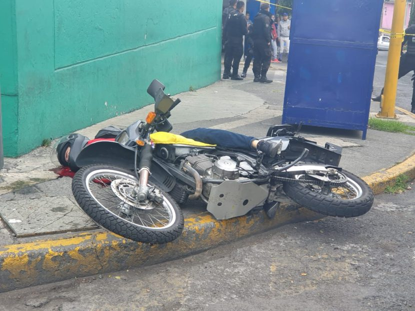 OTRO ATAQUE A MOTOCICLISTA EN CARRETERAS DEL ESTADO DE MÉXICO