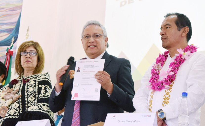 RECIBE UIEM CÉDULA COMO CENTRO CERTIFICADOR EN COMPETENCIAS DE LENGUAS ORIGINARIAS