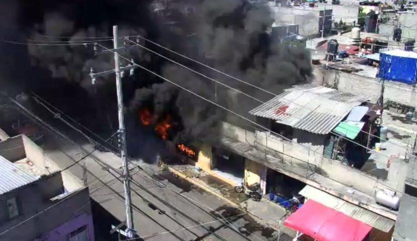 REPORTAN FALLECIMIENTO DE UNA MUJER DURANTE INCENDIO EN NEGOCIO DE ECATEPEC