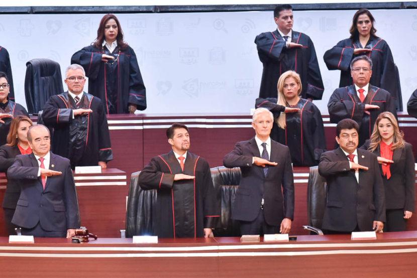 ASISTEN MAURILIO HERNÁNDEZ Y NAZARIO GUTIÉRREZ AL QUINTO  INFORME DEL PRESIDENTE DEL TSJEM