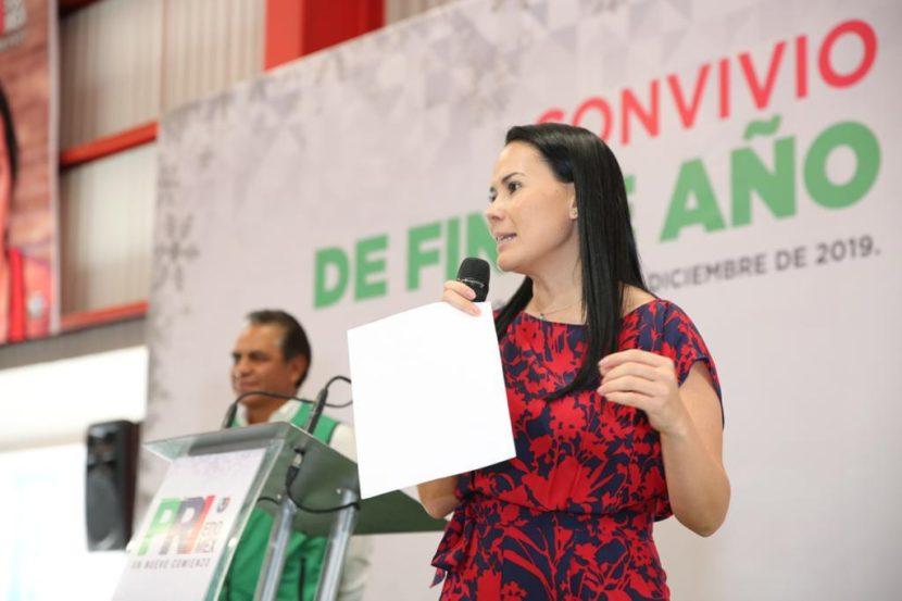 ENCABEZA ALEJANDRA DEL MORAL CONVIVIO DE FIN DE AÑO QUE OFRECIÓ UNIDAD REVOLUCIONARIA A MILITANTES