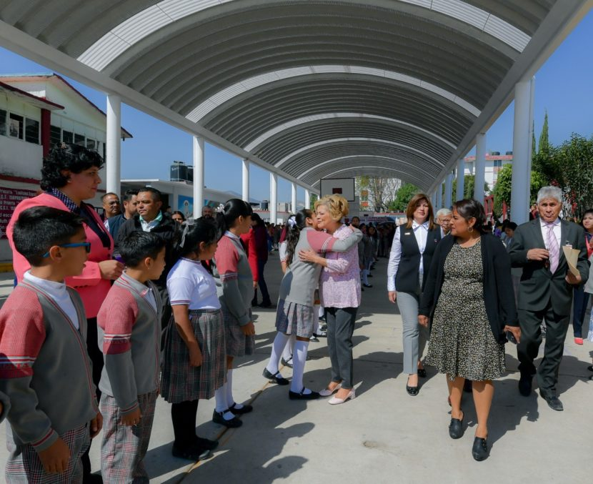 MEJORA ATIZAPÁN CONDICIONES ESCOLARES CON ENTREGA DE TECHUMBRES
