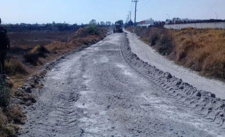GOBIERNO DE TOLUCA HA NIVELADO MÁS 260 MIL M2 DE CAMINOS RURALES