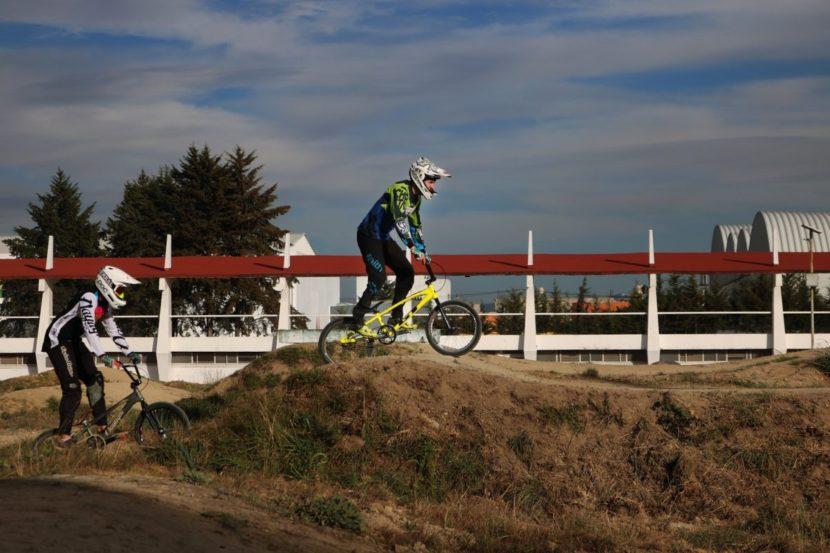 CIUDAD DEPORTIVA EDOMÉX OFRECE PRACTICAR BMX RACING