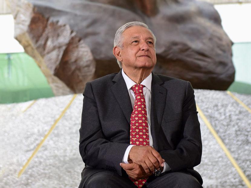 PEMEX SALDRÁ ADELANTE SIN CORRUPCIÓN PERO CON APOYO DE LOS TRABAJADORES: AMLO