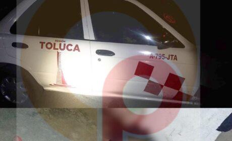 EN TOLUCA, TAXISTA ATROPELLA A MOTOCICLISTA Y LO MATAN A BALAZOS