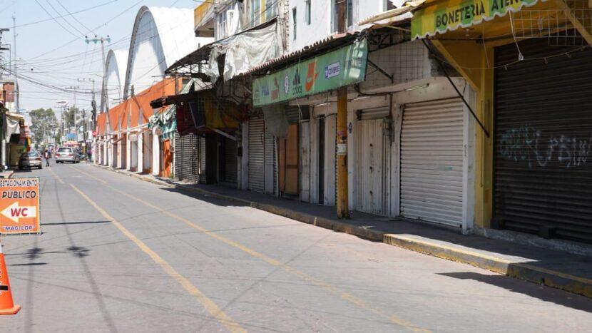 CIERRAN PLAZAS DE CALZADO EN SAN MATEO ATENCO