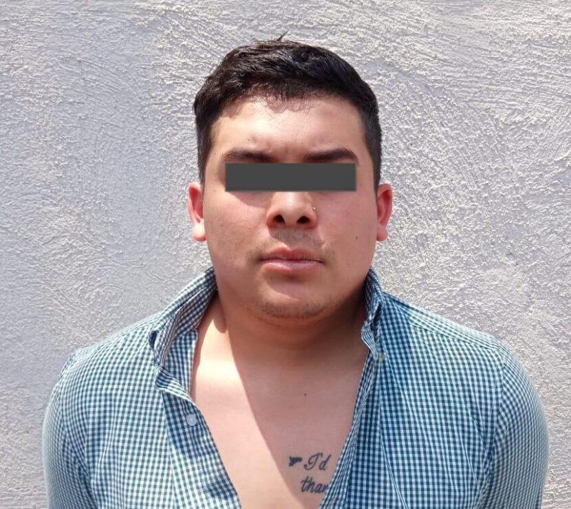 DETIENE POLICÍA DE NAUCALPAN A PRESUNTO ASALTANTE