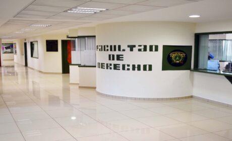 ESTUDIANTES DE DERECHO DE LA UAEM ADOPTAN «SEMESTRE EN CASA»