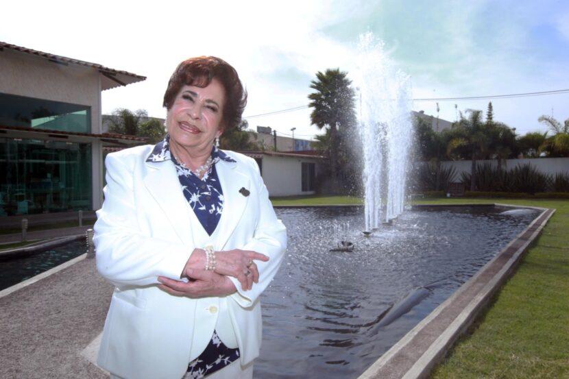 ROSARIO REYNOSO ORIHUELA, FORMADORA DE MAS 60 GENERACIONES EN NAUCALPAN