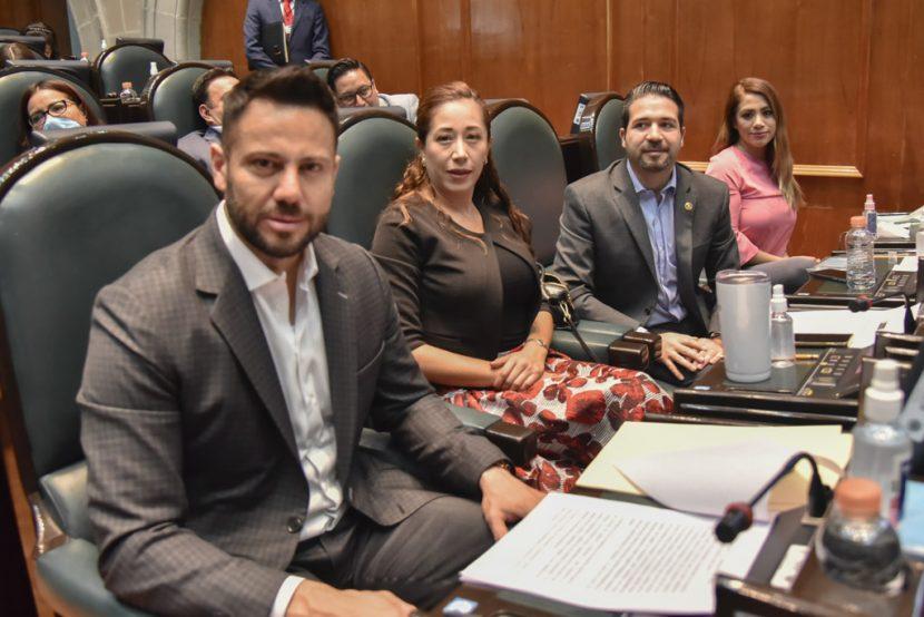 EXHORTAN DIPUTADOS DEL PAN A AYUNTAMIENTOS MEXIQUENSES A NO BAJAR LA GUARDIA FRENTE Al COVID-19