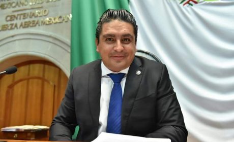 PROPONE DIPUTADO JOSÉ ANTONIO GARCÍA HOMENAJE AL PERSONAL MÉDICO