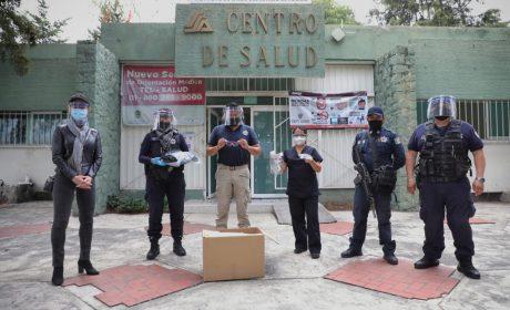 ENTREGA POLICÍA DE NAUCALPAN INSUMOS A HOSPITAL