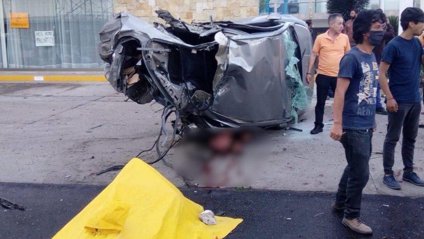 VOLCADURA DEJA 2 HOMBRES MUERTOS EN METEPEC