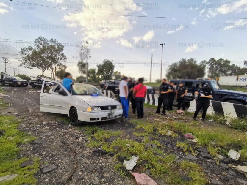 DETIENEN A POLICÍA  DE ECATEPEC POR ATROPELLAR A UNA MUJER E INTENTAR DARSE A LA FUGA