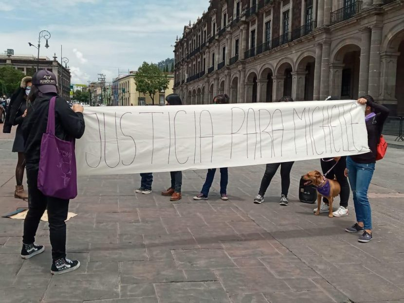 MUJERES MEXIQUENSES EXIGEN JUSTICIA PARA MICHELLE, QUIEN FUE HALLADA ASESINADA EN PUEBLA