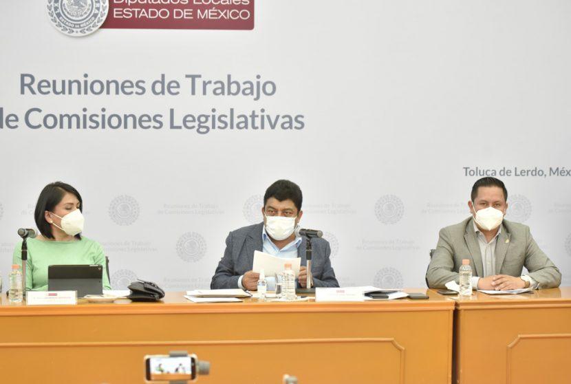 PROPONEN TRANSFERIR EL SERVICIO DE GRÚAS A LOS MUNICIPIOS