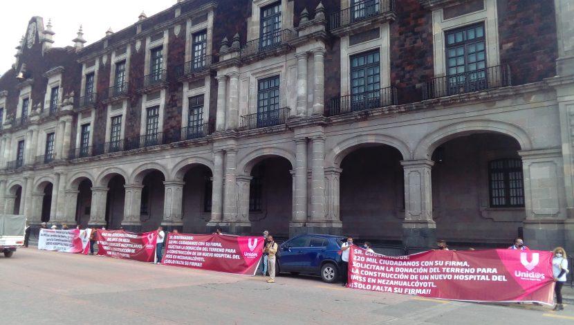 PIDEN AL GOBERNADOR DONE PREDIO PARA HOSPITAL EN NEZA