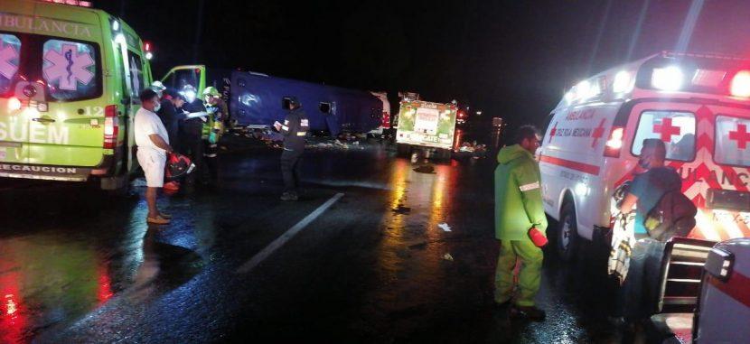 POR ACCIDENTE EN LA CARRETERA MÉXICO-TOLUCA; CIFRA DE FALLECIDOS ASCIENDE A 15
