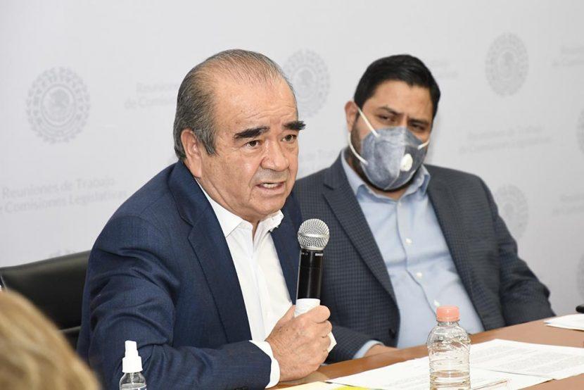 APRUEBAN COMISIONES LEGISLATIVAS REDUCIR SINDICATURAS Y REGIDURÍAS