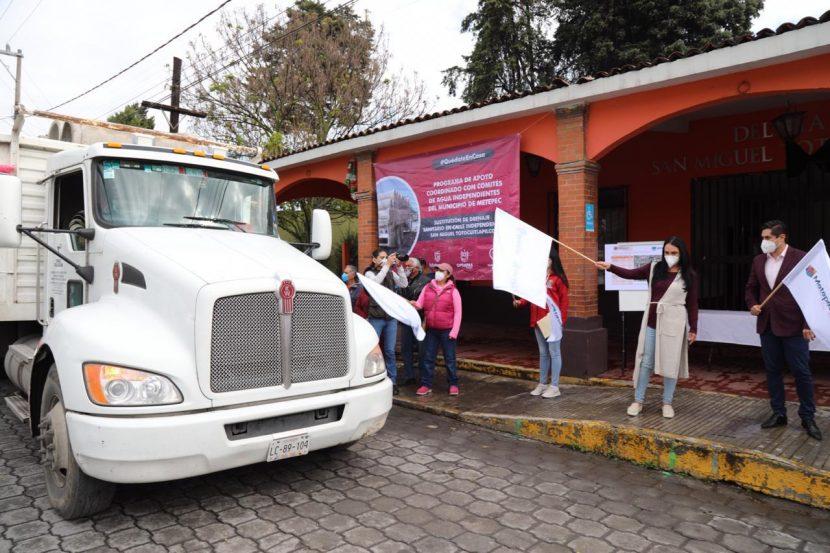 GABY GAMBOA DA BANDERAZO DE SALIDA DE IMPORTANTE OBRA HIDRÁULICA EN SAN MIGUEL TOTOCUITLAPILCO
