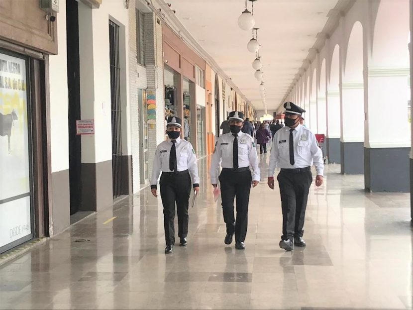 POLICÍA TURÍSTICA DE TOLUCA PENDIENTE DE LA SEGURIDAD DE VISITANTES